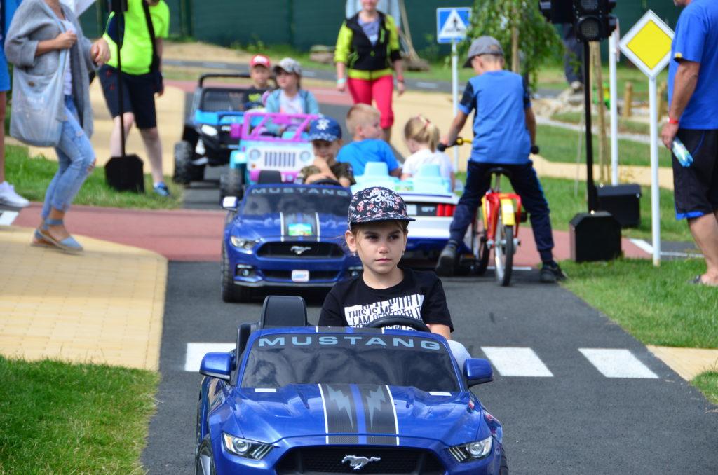 deti na ceste v Donovalkove sa učia dopravné značky